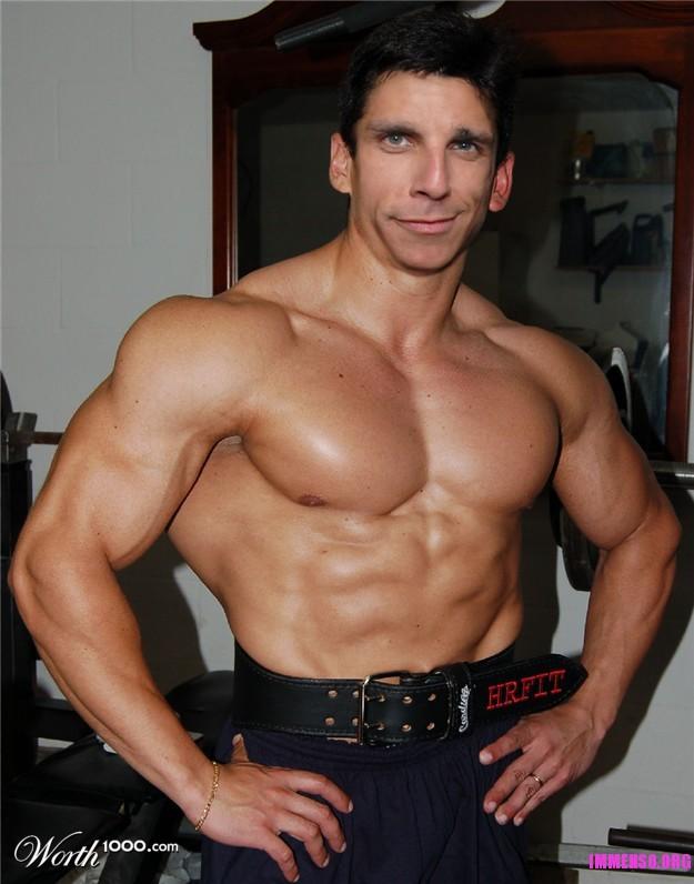 maschi muscolosi nudi incontri roma incontri gay
