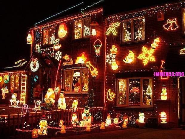 Decorazioni Luminose Natalizie : Le più belle decorazioni natalizie di case 24 foto