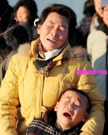 morte dittatore corea persone che piangono (16)