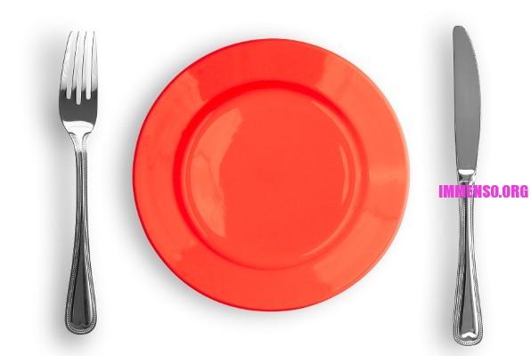 piatti rossi aiutano a dimagrire