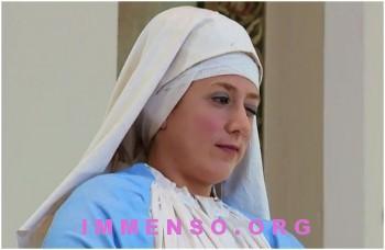 video scherzo finta statua madonna