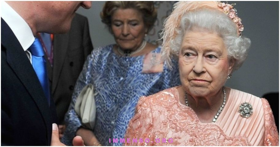 faccia seria regina elisabetta olimpiadi