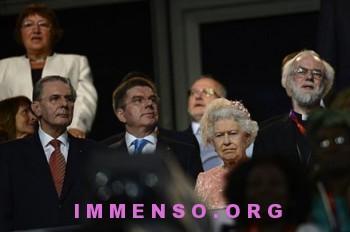 regina elisabetta foto olimpiadi londra 04 350x232