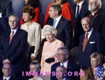 regina elisabetta foto olimpiadi londra 06 350x266