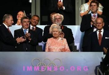 regina elisabetta foto olimpiadi londra 14 350x243