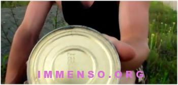 aprire lattina senza apribottiglie