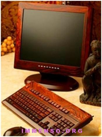computer di legno 350x471