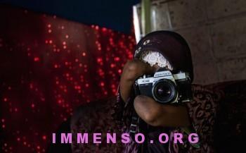 fotografa senza braccia rusidah badawi 07 350x217