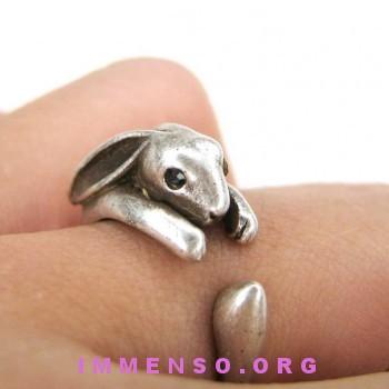 anello con coniglio