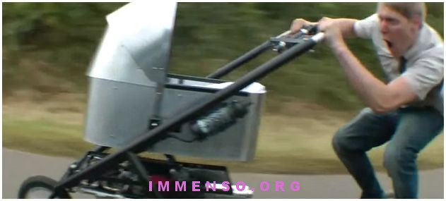 passeggino motorizzato
