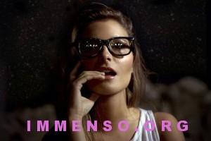 belle donne con occhiali 09