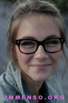 belle ragazze con occhiali 02