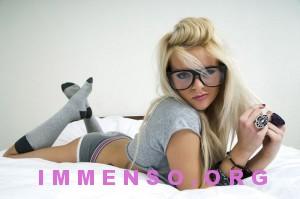 belle ragazze con occhiali 07