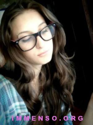 belle ragazze con occhiali 16