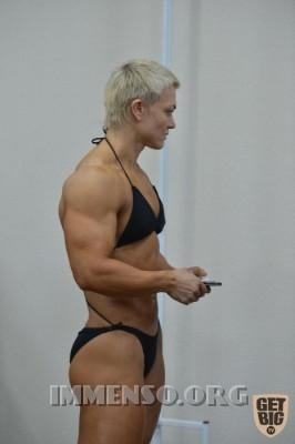 donna muscolosa campionessa bodybuilding foto  02