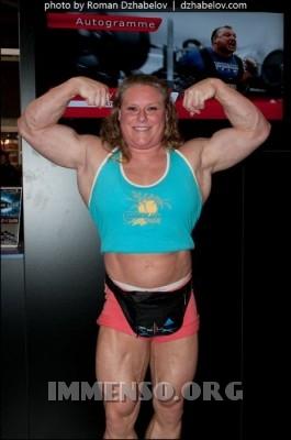donna muscolosa campionessa bodybuilding foto  10