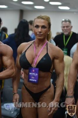 donna muscolosa campionessa bodybuilding foto  16