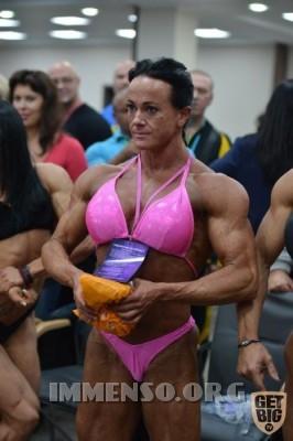donna muscolosa campionessa bodybuilding foto  17