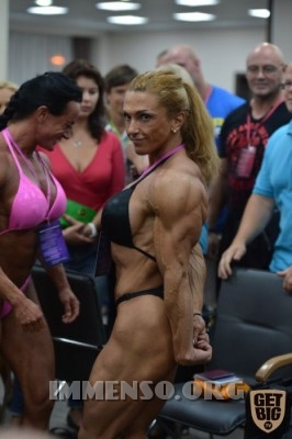 donna muscolosa campionessa bodybuilding foto  18