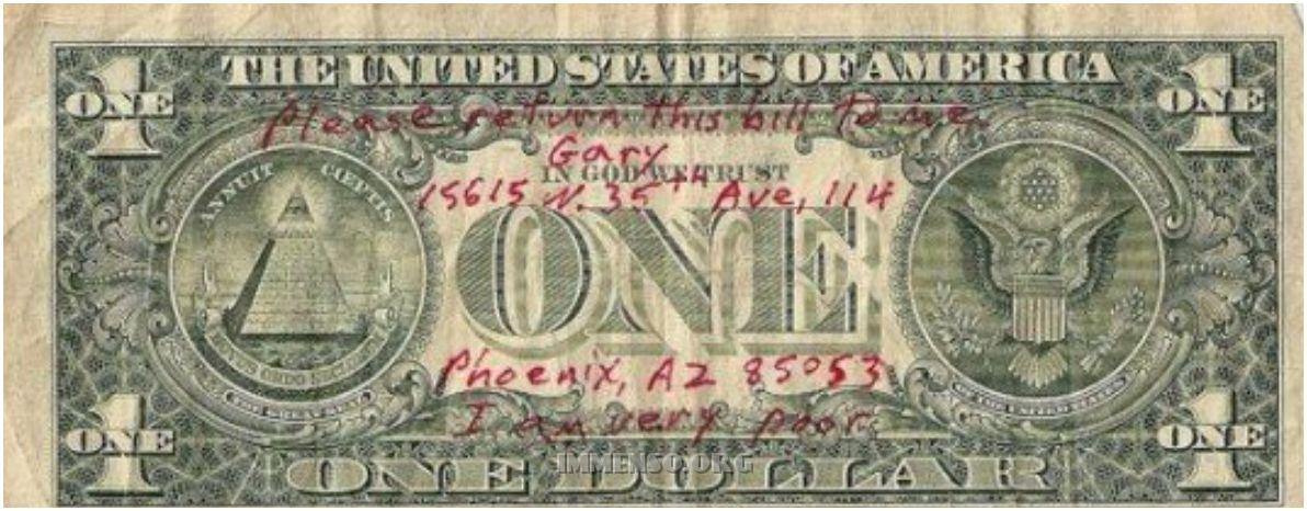 dollari con scritte
