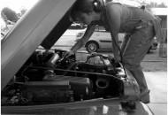 auto ragazza meccanico