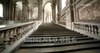 scalinata reggia di caserta