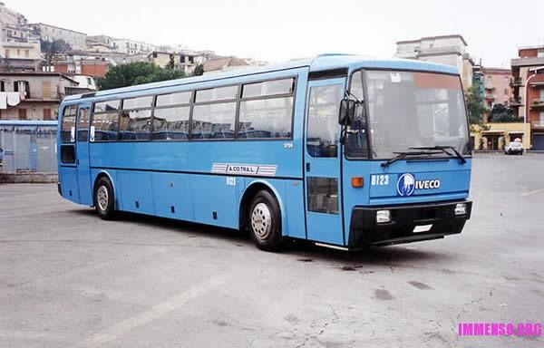 autobus cotral vecchio