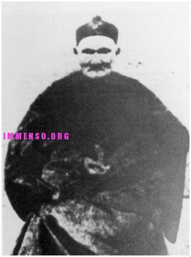 Li Ching-Yuen uomo cinese vissuto 250 anni