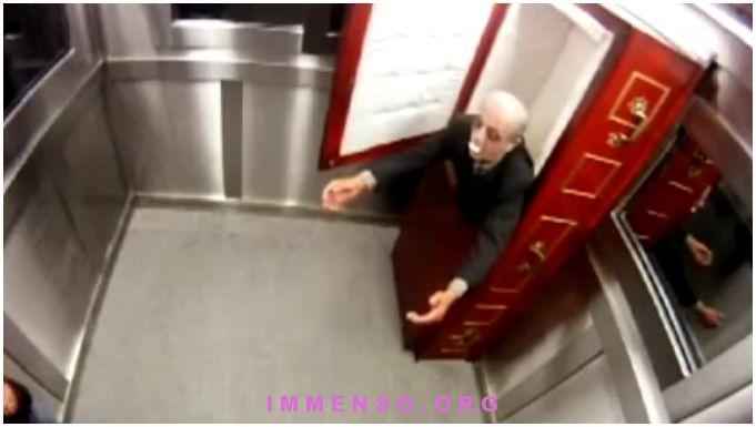 morto vivente ascensore