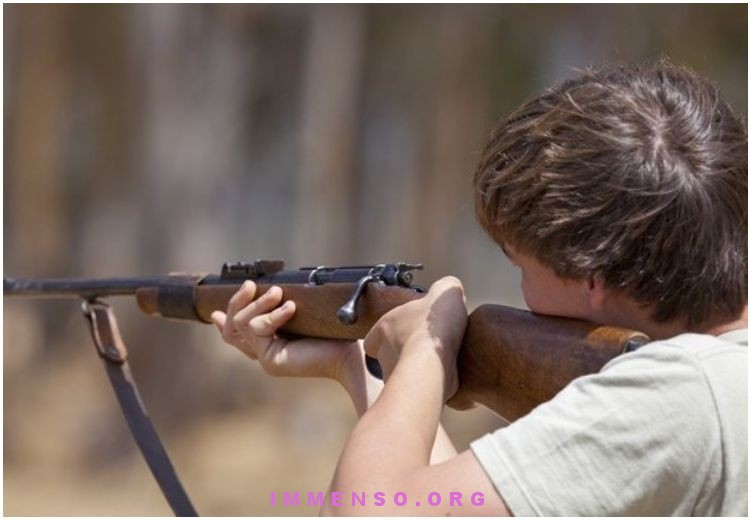 bambino americano uccide con fucile
