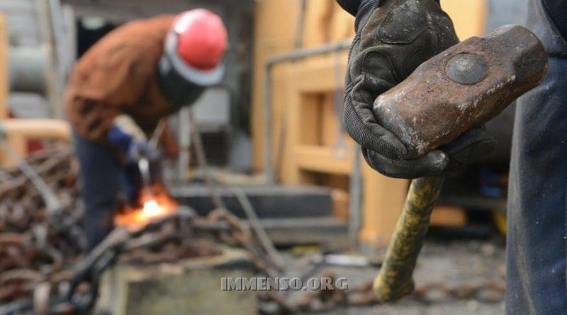 Lavoro, le aziende che assumono nei prossimi 3 mesi: 875 mila posti