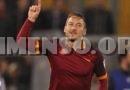 Italiani generosi, presterebbero soldi a Totti e Valentino Rossi